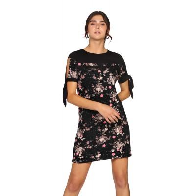 Robe noire imprimée fleurs rose à manche courte bande noué pour la manche